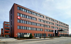 "395 modules, 19.500 sqm, only 8 months building time: Office Building ""Agentur für Arbeit"" Cologne"